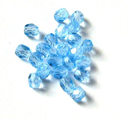 Lot de 20 perles à facettes 6mm light sapphire